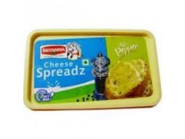 BRITANNIA CHEESE SPREAD ASLI PEPPER 180GM