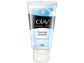 OLAY NATURAL WHITE CLEANSER 50GM
