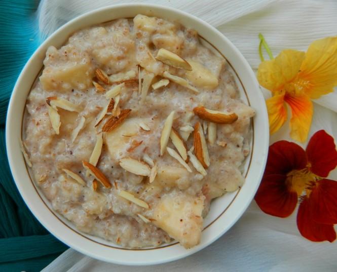 Apple Banana Oats Porridge