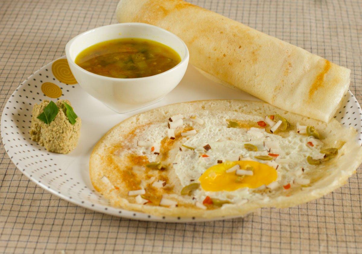 egg-dosa-olives