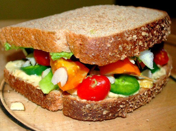 MeatlessMonday_Vegetable_Sandwich-TheWiselatinaClub-NatalieFierro-e1366852474420